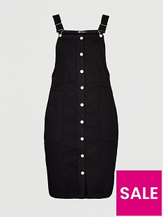 v-by-very-curve-denim-pinafore-dress-black