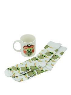star-wars-the-child-mug-amp-socks-set