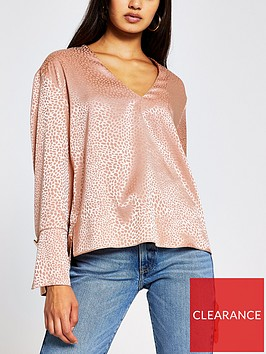 river-island-animal-jacquard-v-neck-top-pink