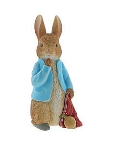 peter-rabbit-peter-rabbit-with-onions-statement-figurine