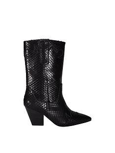 sofie-schnoor-cowboy-boots-black