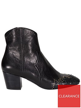 sofie-schnoor-studded-toe-ankle-boots-black