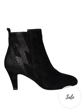 sofie-schnoor-lightening-heeled-ankle-boots-black