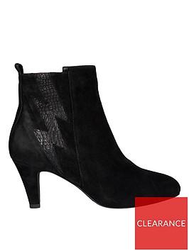 sofie-schnoor-croc-lightning-boltnbspboots-black