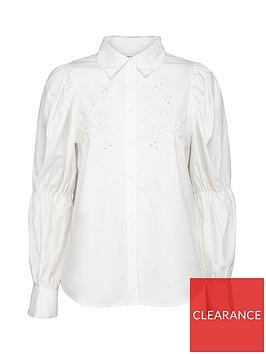 sofie-schnoor-balloon-sleeve-shirt-white
