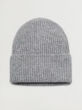 mango-beanie-hat-light-grey
