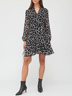 v-by-very-printed-tie-waistnbspshirt-dress-mono-print
