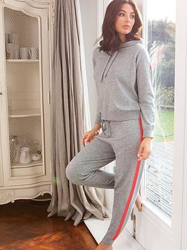 pour-moi-stripe-detail-knit-lounge-joggers-grey