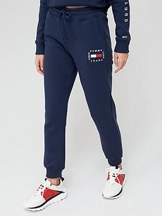 tommy-jeans-flag-logo-sweat-pant-navy