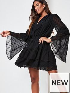 missguided-missguided-keyhole-flutter-sleeve-smock-dress-black
