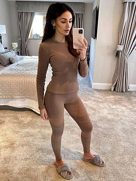 michelle-keegan-fitted-athleisure-top-coffee