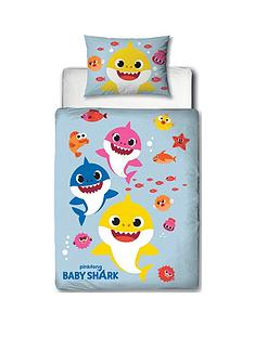 baby-shark-fishes-junior-duvet-cover-set