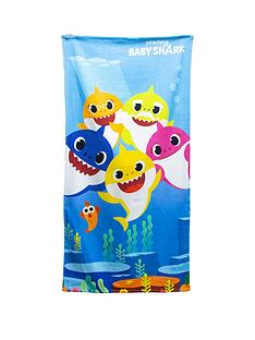baby-shark-underwater-towel