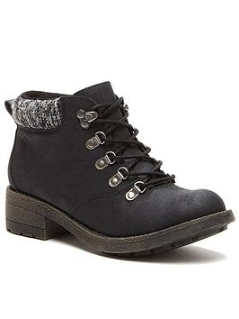 rocket-dog-train-ankle-boots-black