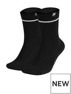 nike-sneaker-essential-crew-socks-blackwhite