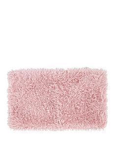 catherine-lansfield-cuddly-bath-mat