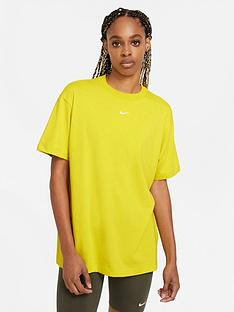 nike-nswnbspessential-t-shirt-green