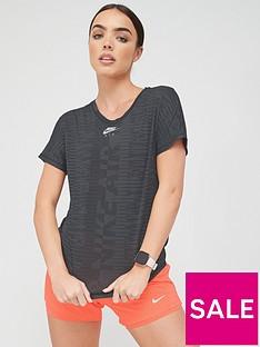 nike-air-running-t-shirt-blacknbsp