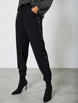 mint-velvet-popper-detail-twill-lux-jogger-black