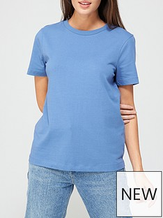 v-by-very-the-basic-crew-neck-t-shirt-camel