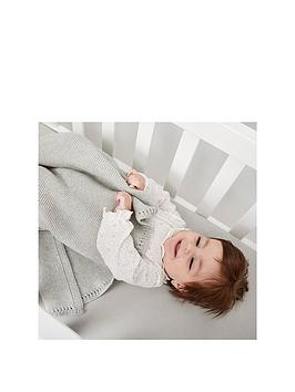the-little-green-sheep-organic-knitted-cellular-baby-blanket