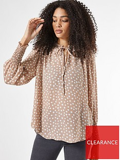 dorothy-perkins-spot-shirred-cuff-long-sleeve-top-stonenbsp
