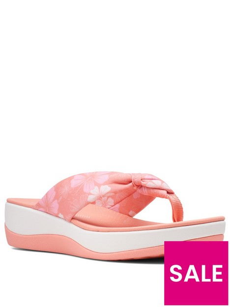clarks-arla-glison-wedge-sandal-peach
