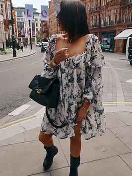 in-the-style-in-the-style-x-lorna-luxe-willow-print-chiffon-square-neck-button-down-smock-dress-white