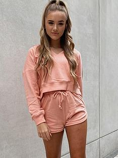 in-the-style-in-the-style-x-billie-faiers-paperbag-waist-runner-shorts-blush