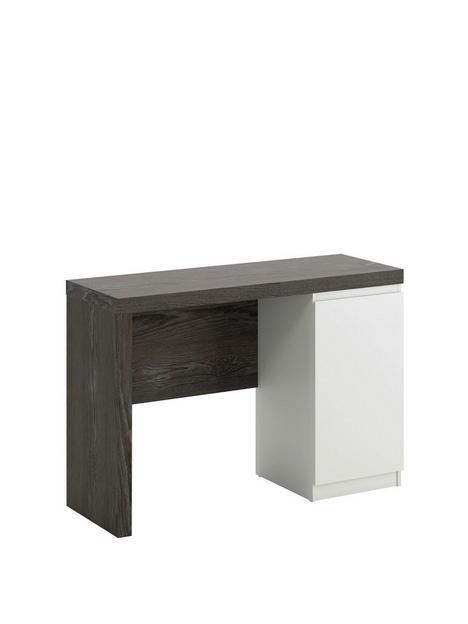 teknik-office-hudson-chunky-desk