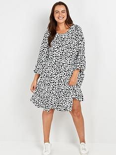 evans-peplum-sleeve-dress-blackwhite