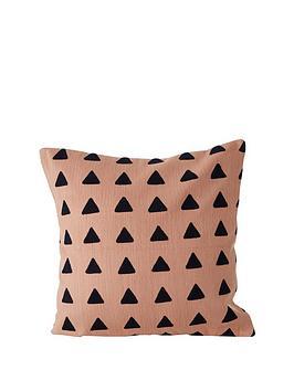 premier-housewares-bosie-ozella-pink-cushion
