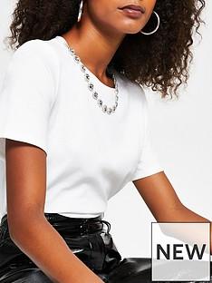 river-island-necklace-chain-t-shirt-cream