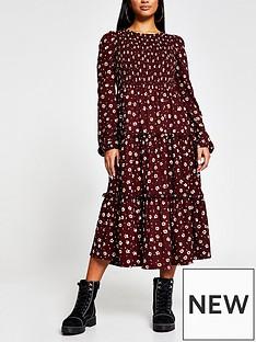 ri-petite-printed-shirred-smock-midi-dress-print
