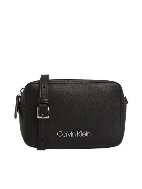 calvin-klein-jeans-camera-bag-black