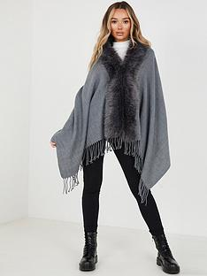 quiz-cape-with-faux-fur-collar-grey