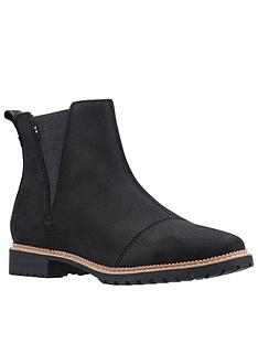toms-cleo-leather-ankle-boot