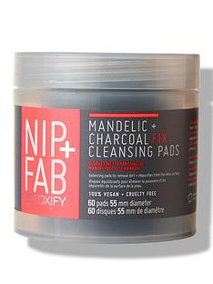 nip-fab-charcoal-and-mandelic-acid-fix-daily-pads