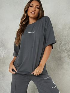 missguided-oversized-t-shirt