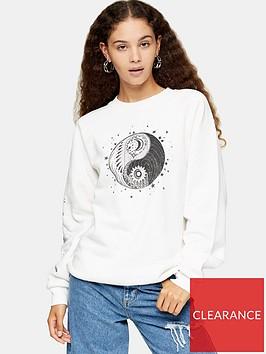 topshop-mystical-moon-sweatshirt-ecru