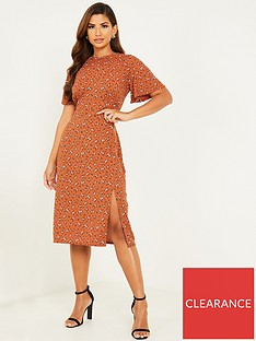 quiz-ribbed-floral-split-front-midi-dress-rust