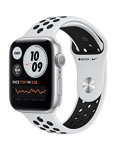 apple-watch-nike-series-6-gps-44mm-silver-aluminium-case-with-pure-platinumblack-nike-sport-band
