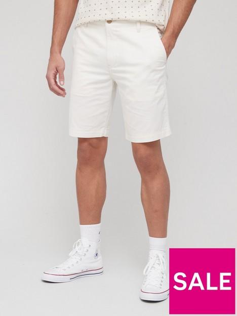 levis-xx-chino-taper-short-white
