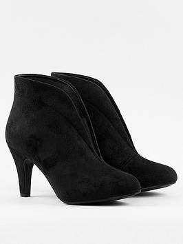 wallis-elastic-v-throat-bootie-black