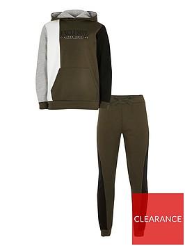 river-island-boys-exclusive-hoodie-and-jog-set--nbspkhaki