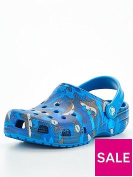 crocs-childrensnbspshark-clog-sandals-blue