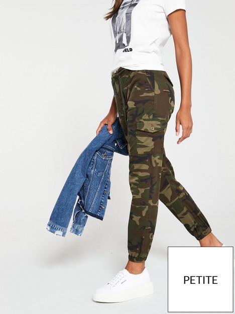 v-by-very-short-camouflage-print-cargo-jogger-camo-print