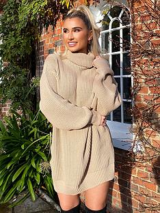 in-the-style-in-the-style-x-billie-faiers-roll-neck-knitted-dress-stone