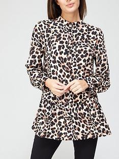 v-by-very-tiered-printed-longline-blouse-animal-printnbsp