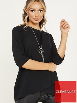 quiz-bubble-crepe-cross-hem-necklace-top-black